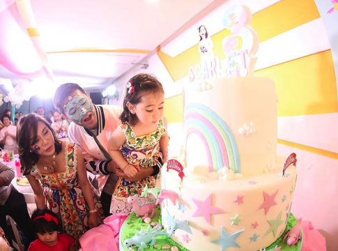scarlet snow 3rd birtday cocoonstudioph